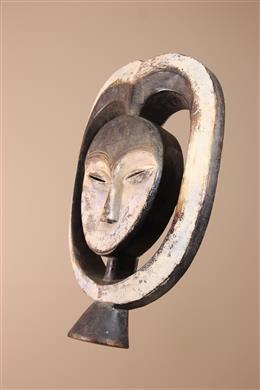 Masque en coeur des Kwele