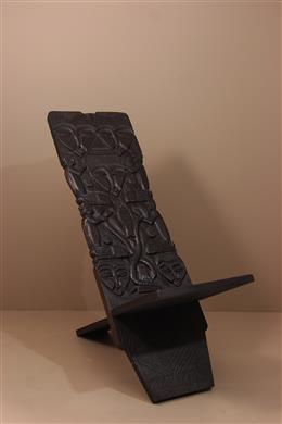 Chaise africaine sculptée du Zaïre
