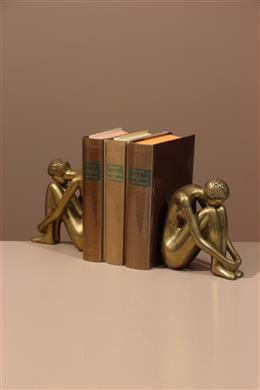 Statues figuratives en laiton doré