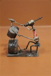Statues africainesJoueur de batterie artisanat africain
