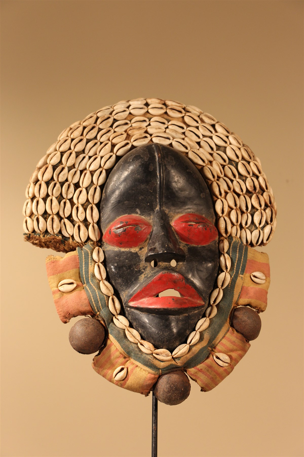 Masque Dan - Déco africaine - Art africain traditionnel