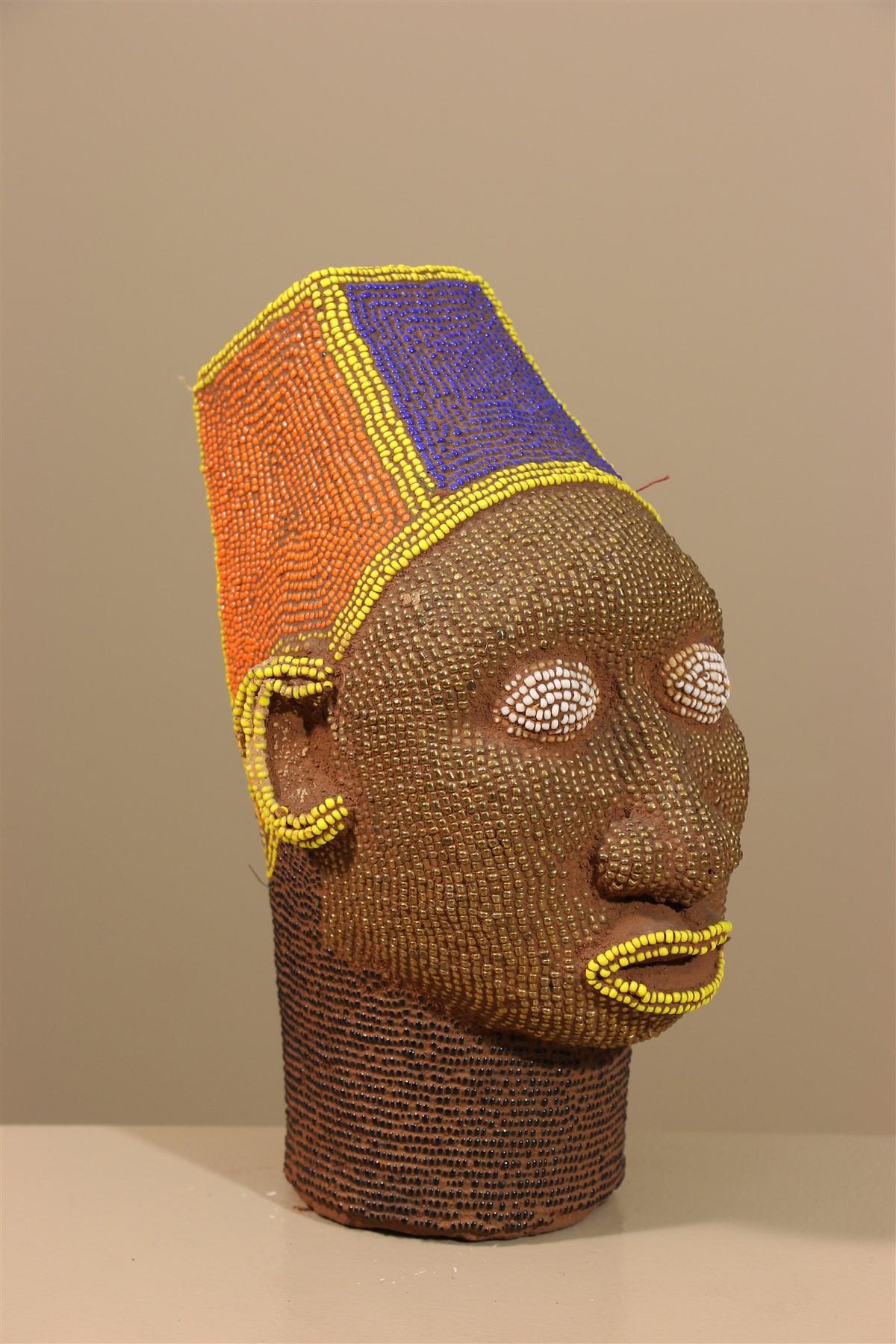 Tête royale perlée Bamileke
