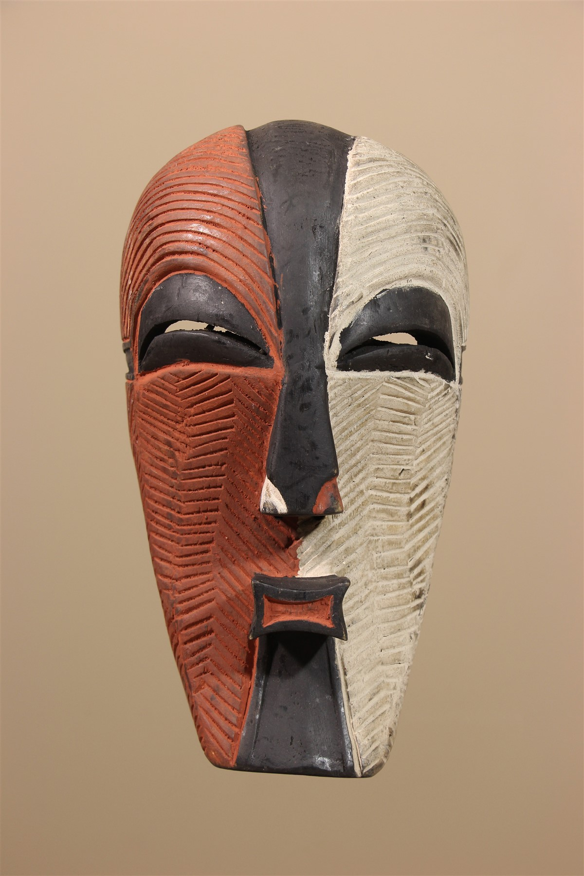 Masque africain Luba - Déco africaine - Art africain traditionnel